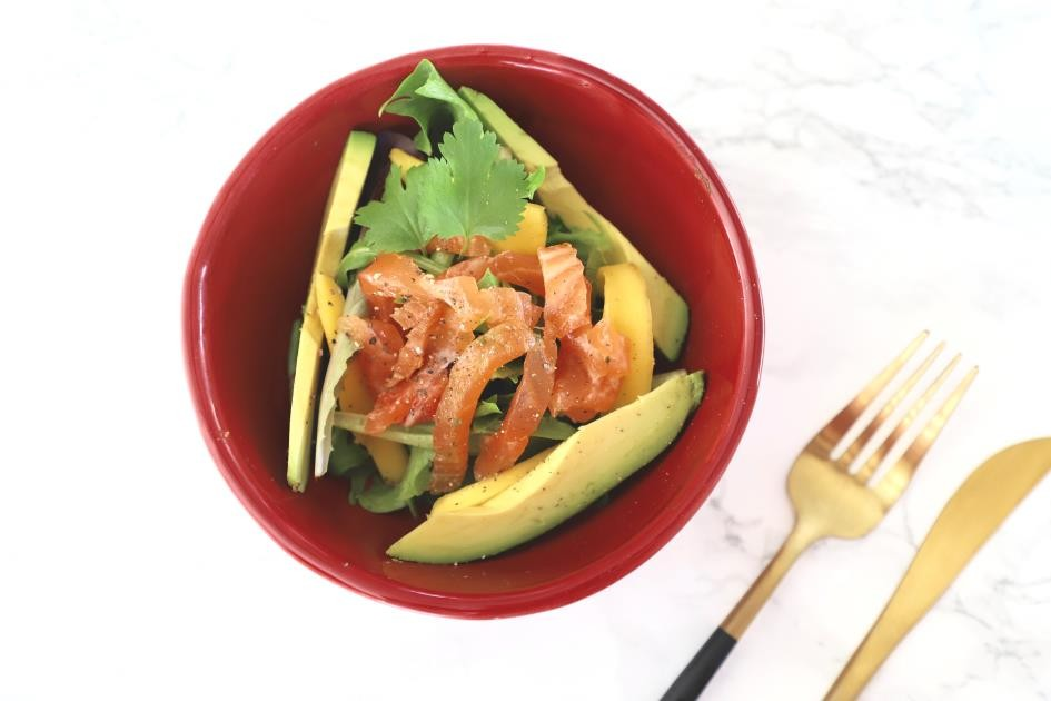 Salade zalm mango avocado.jpg