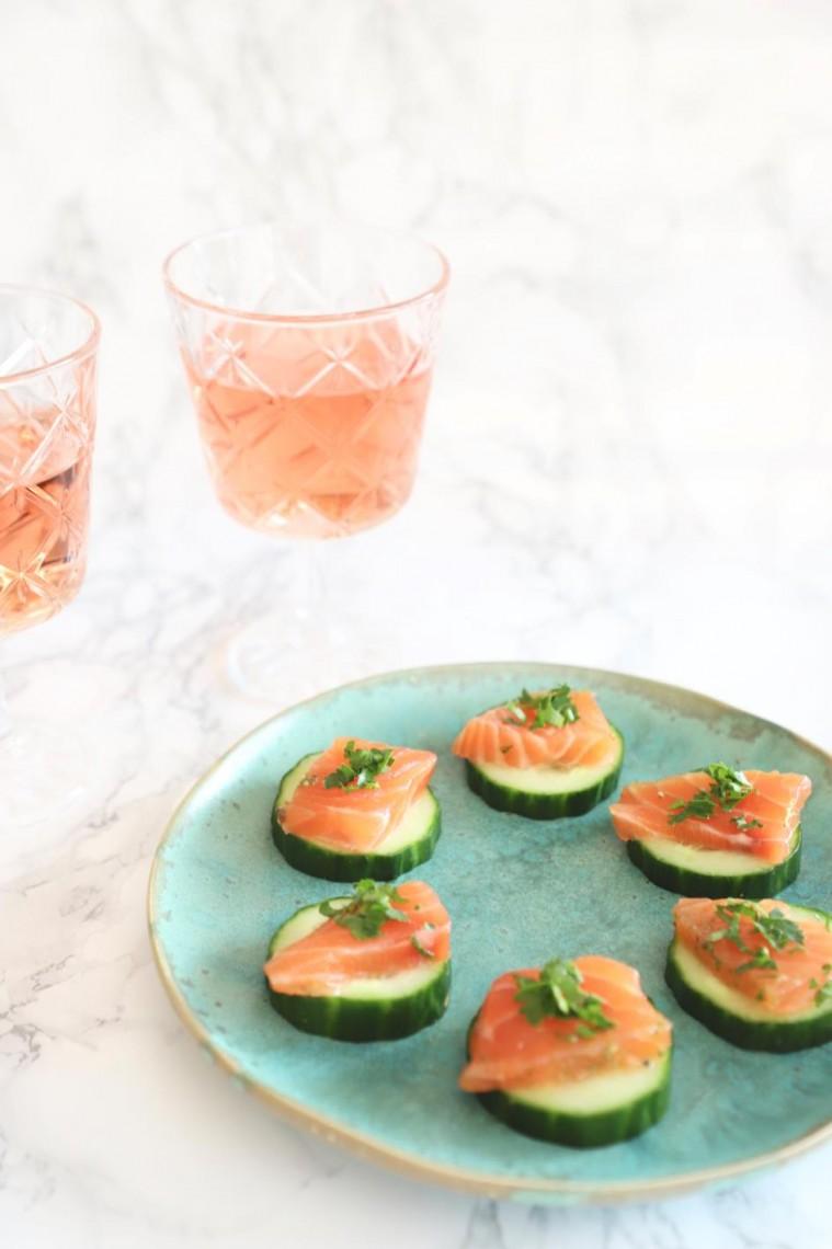 Komkommer toastje met zalm.jpg